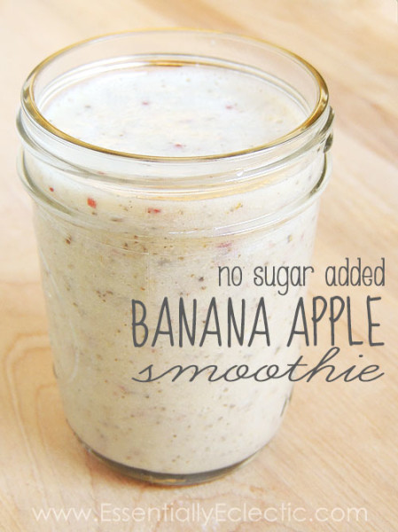 No Sugar Added Banana Apple Smoothie | www.EssentiallyEclectic.com | This delicious no sugar added banana apple smoothie is easy to make and includes health-boosting ingredients such as ground flaxseed, Chia seeds, and almonds.
