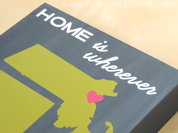 DIY Wood Canvas Wall Art | www.EssentiallyEclectic.com | This DIY wood canvas wall art is made with just vinyl, a canvas board, and acrylic paint! Use your Silhouette or Cricut cutting machine to create cute wall art and homemade gifts